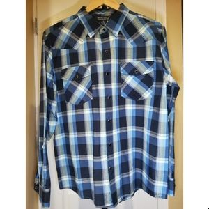 Montage Collection Button Down Casual Shirt